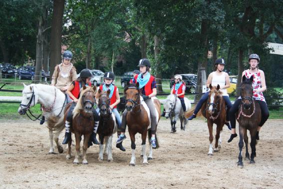 wildwest1 Überraschung im Ponystall und Wild Wild West