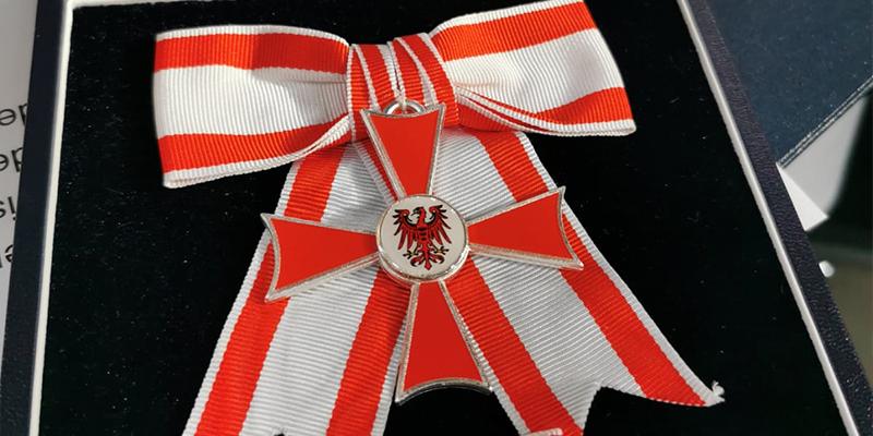 newsletter-oktober-verdienstorden Verdienstorden des Landes Brandenburg für Dr. Annett Stange